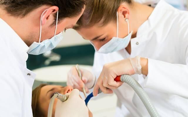 Как вытащить мышьяк дома из зуба. Советы стоматолога: как самостоятельно вытащить мышьяк из зуба